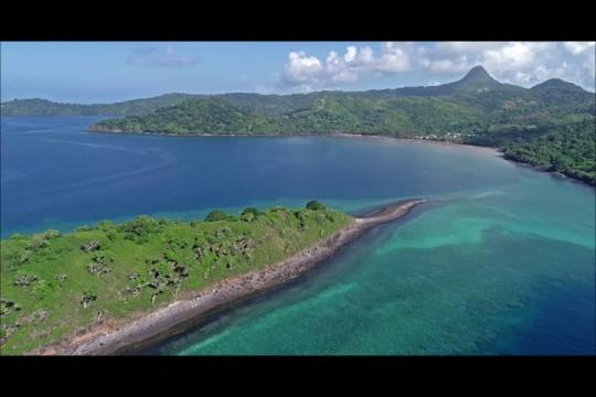 Vue aérienne de l\'îlot Mbouini