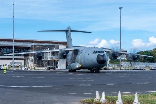 GLB 304 pont aérien militaire et civil