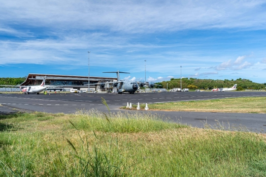GLB 311 pont aérien militaire et civil