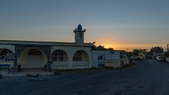 GLB 391 - Coucher de soleil mosquée de Pamandzi