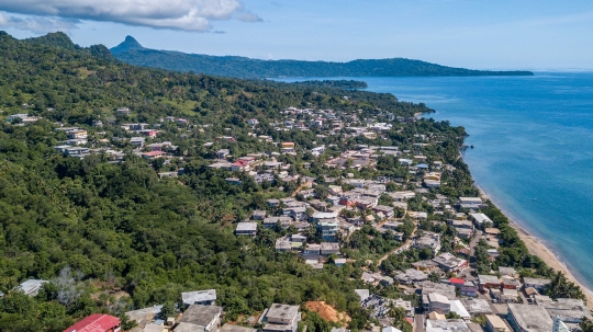 GLB285 Village de Bouéni aérien