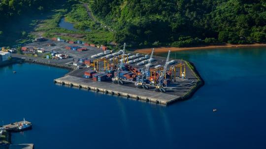 Gwen Le Bigot -Port de Longoni quai de transfert