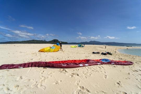 Kitesurf ilot sable blanc-8