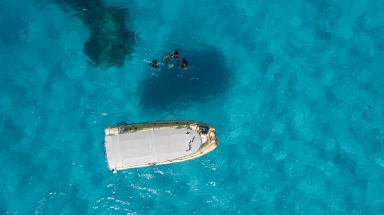 Mise à l\'eau plongeurs avec Abalone