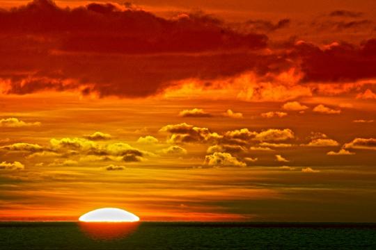 Sunset sur M\'Bouanatsa