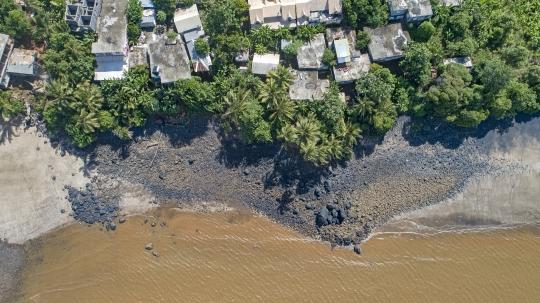 Vue aérienne de Boueni village après la pluie